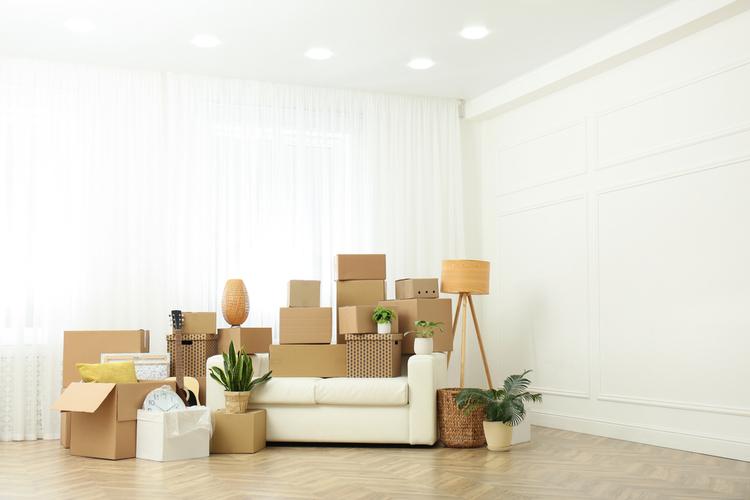 Manuale sul confronto di offerte luce e gas per chi trasloca in una nuova casa